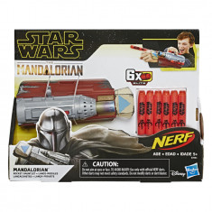 Star Wars NERF The Mandalorian Rocket Gauntlet Kids Roleplay Toy