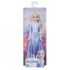 Frozen 2 Shimmer Travel Elsa Doll